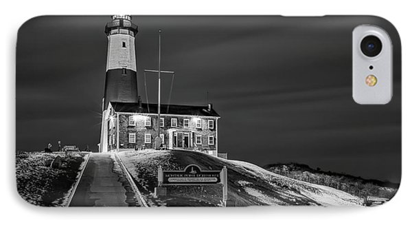 IPhone Case featuring the photograph Montauk Point Lighthouse Bw by Susan Candelario