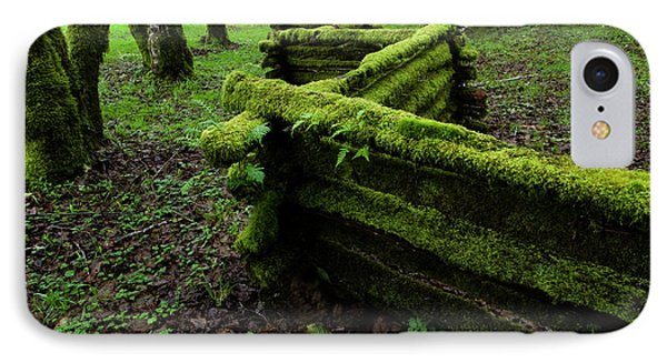 Mossy Fence 5 Phone Case by Bob Christopher
