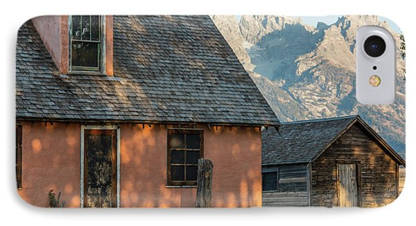 IPhone Case featuring the photograph Moulton Homestead - Pink House At Morning Light by Colleen Coccia
