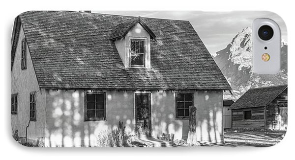 IPhone Case featuring the photograph Moulton Homestead - Pink House by Colleen Coccia