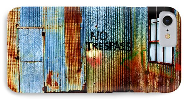 No Trespass Phone Case by Ronnie Glover