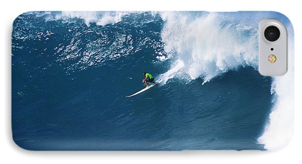 Noah At Waimea Phone Case by Vince Cavataio - Printscapes