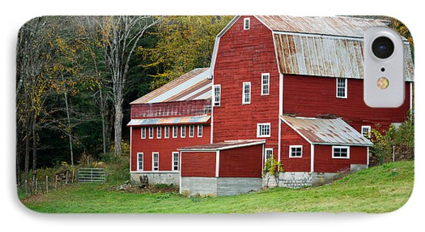 Old Red Vermont Barn Phone Case by Edward Fielding