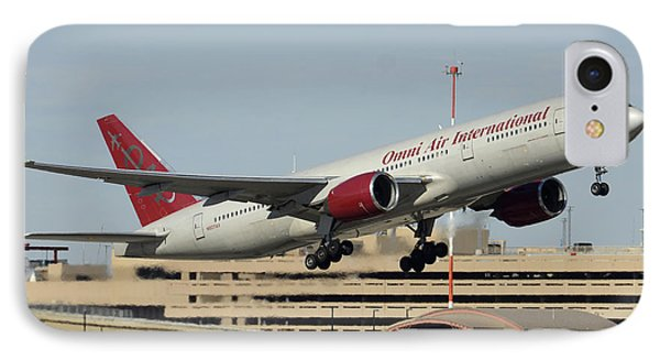 Omni Air International Boeing 777-222 N927ax Phoenix Sky Harbor January 3 2015 Phone Case by Brian Lockett
