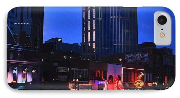 On Broadway In Nashville Phone Case by Susanne Van Hulst