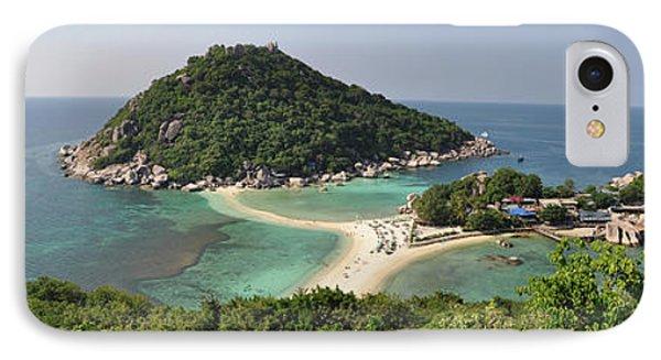 panorama Koh Nang Yuan IPhone Case by Sushko