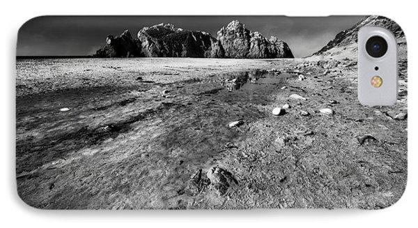 Pheiffer Beach -keyhole Rock #17 Big Sur, Ca IPhone Case by Jennifer Rondinelli Reilly - Fine Art Photography