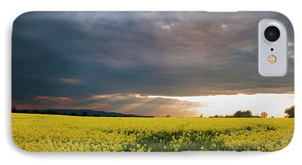 Rays At Sunset IPhone Case by Rob Hemphill