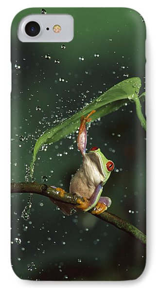 Red-eyed Tree Frog In The Rain Phone Case by Michael Durham