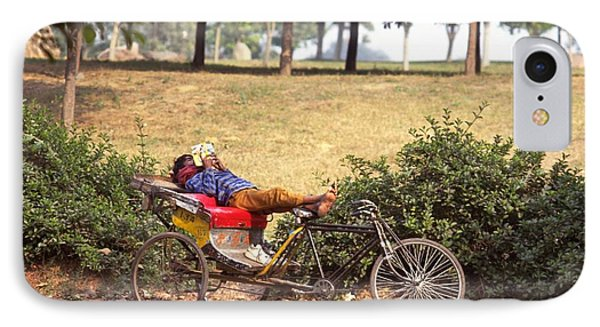 Rickshaw Rider Relaxing IPhone 7 Case
