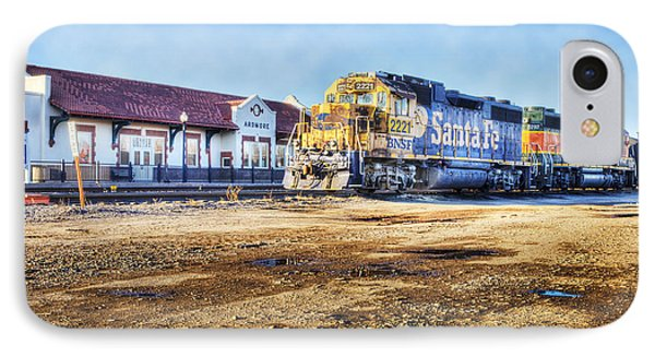 IPhone Case featuring the photograph Santa Fe Train In Ardmore by Tamyra Ayles