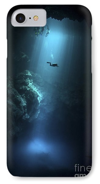 Scuba Diver Descends Into The Pit Phone Case by Karen Doody