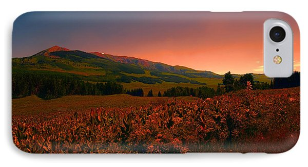 IPhone Case featuring the photograph Setting Sun In Crested Butte by Tom Potter