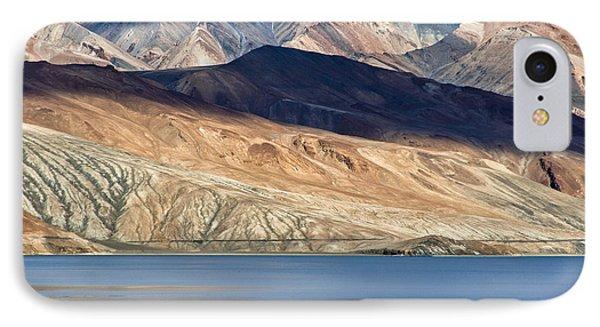 Shadow Tso Moriri, Karzok, 2006 IPhone 7 Case by Hitendra SINKAR
