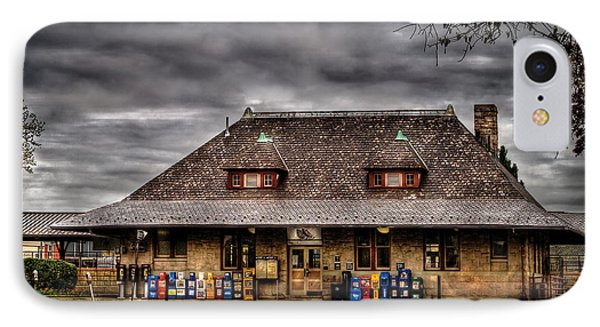 Station - Westfield Nj - The Train Station Phone Case by Mike Savad