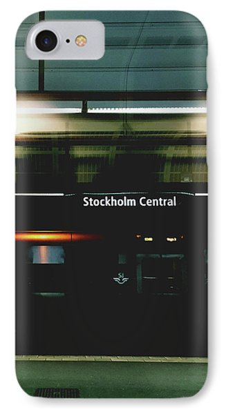 Train iPhone 7 Case - Stockholm Central- Photograph By Linda Woods by Linda Woods