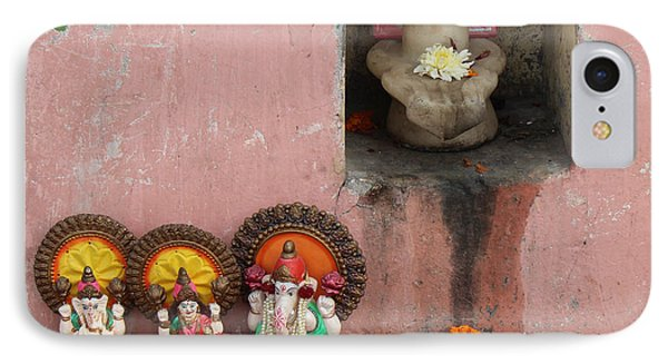 Street Temple, Haridwar IPhone Case