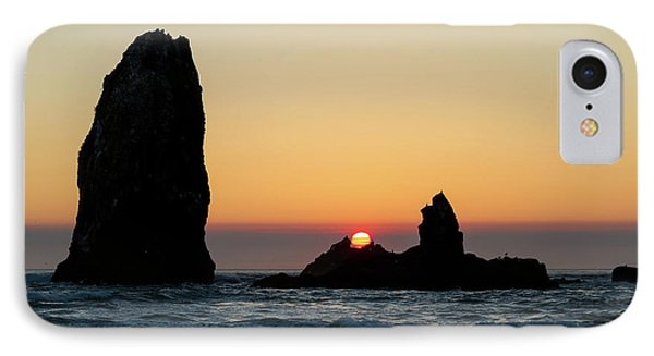 Sunset At Cannon Beach Phone Case by David Gn