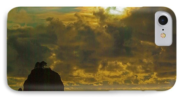 IPhone Case featuring the photograph Sunset At Jones Island by Dale Stillman
