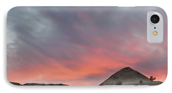 Sunset Over Farmland In Central Oregon Phone Case by David Gn