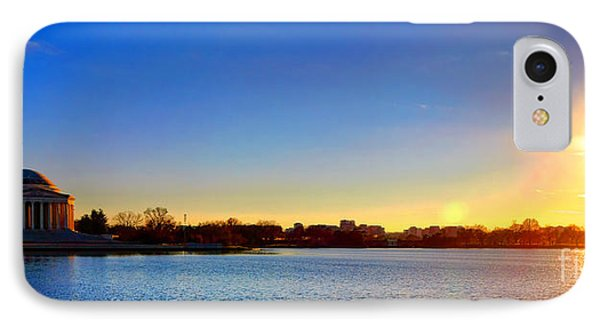 Sunset Over The Jefferson Memorial  IPhone 7 Case by Olivier Le Queinec