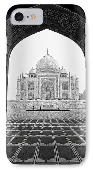 Taj Mahal - Bw IPhone Case by Stefan Nielsen