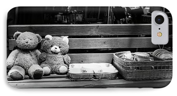 Teddy Bear Lovers On The Bench IPhone Case