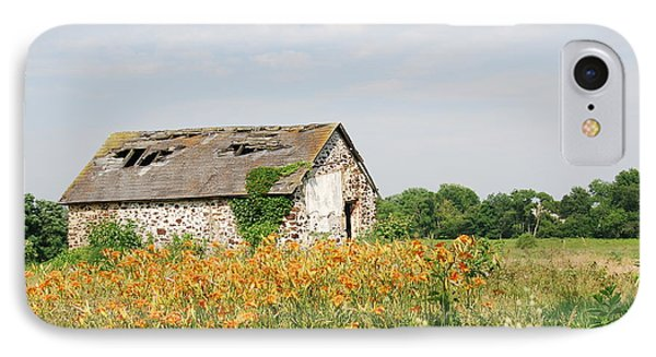 The Old Barn In Moorestown IPhone Case