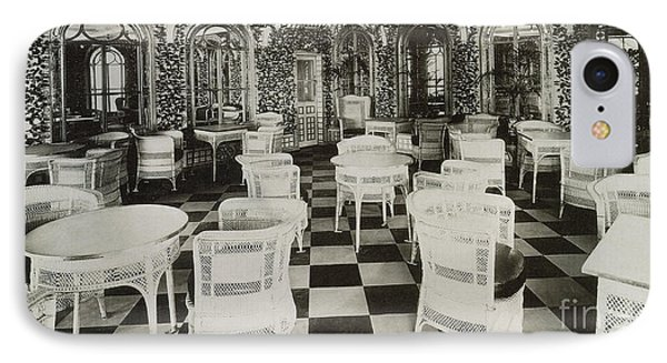 The Verandah Cafe Of The Titanic Phone Case by Photo Researchers