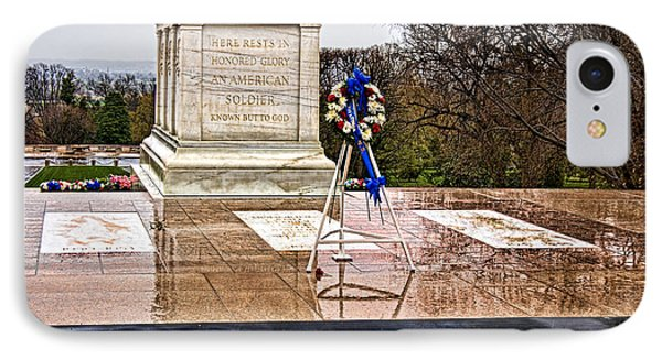 Tomb Of The Unknown Soldiers Phone Case by Christopher Holmes