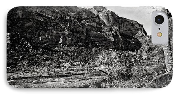 Two Peaks - Bw Phone Case by Christopher Holmes