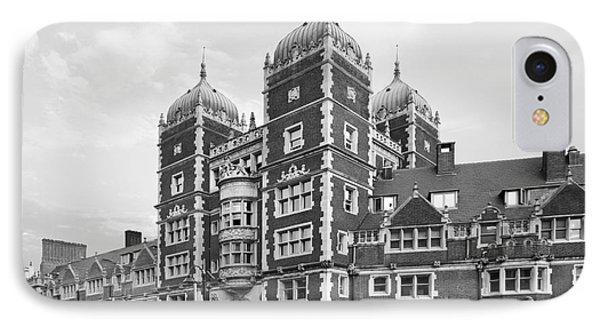University Of Pennsylvania The Quadrangle Phone Case by University Icons