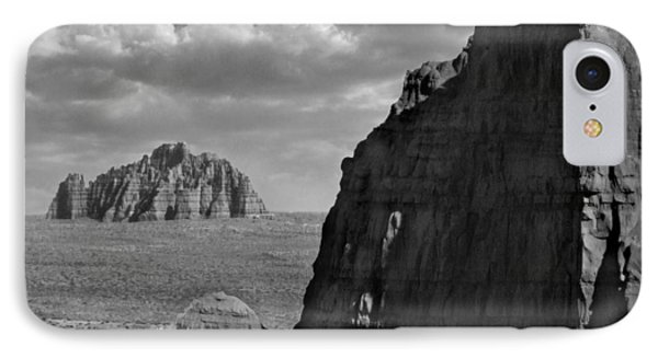 Utah Outback 26 Phone Case by Mike McGlothlen