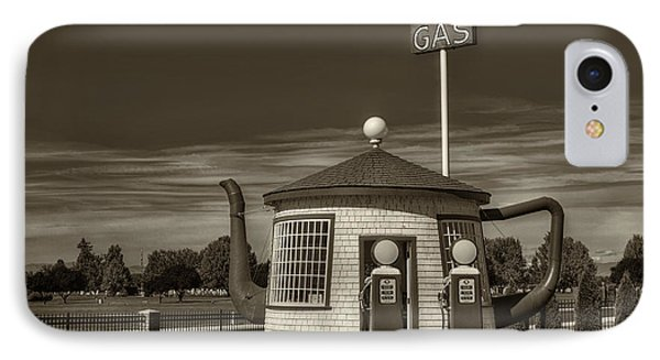 Vintage Gas Station - Zillah Teapot Dome  IPhone Case by Mark Kiver