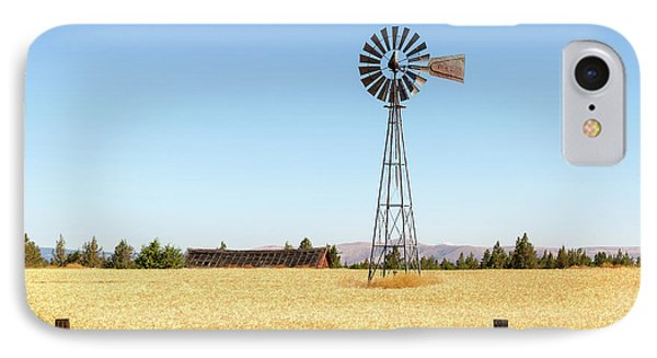 Water Pump Windmill At Wheat Farm In Rural Oregon Phone Case by David Gn