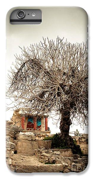 Knossos Archeological Site IPhone 7 Plus Case by Gabriela Insuratelu