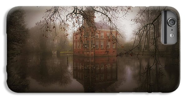 Castle iPhone 7 Plus Case - Autumn Dream by Saskia Dingemans
