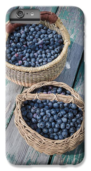 Blueberry Baskets IPhone 7 Plus Case