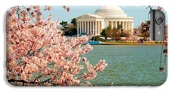 Jefferson Memorial iPhone 7 Plus Case - Cherry Trees At The Jefferson by Nick Zelinsky