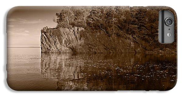 Lake Superior iPhone 7 Plus Case - Cliff Face Northshore Mn Bw by Steve Gadomski