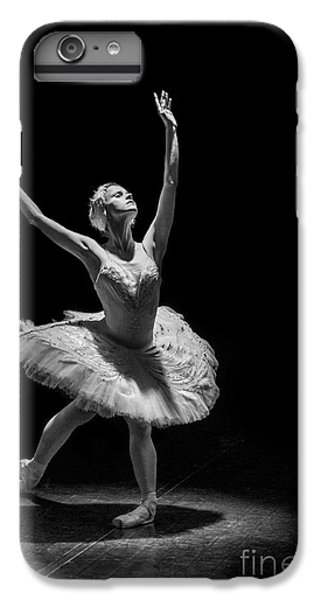 Dying Swan 6. IPhone 7 Plus Case