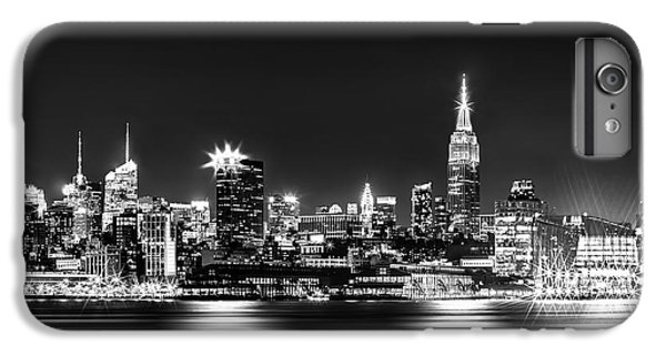 Empire State Building iPhone 7 Plus Case - Empire State At Night - Bw by Az Jackson