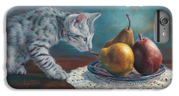 Pear iPhone 7 Plus Case - Exploring by Lucie Bilodeau