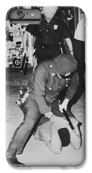 Harlem Race Riots IPhone 7 Plus Case by Underwood Archives