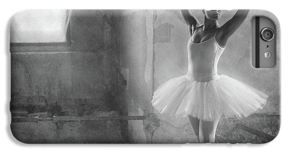 Swan iPhone 7 Plus Case - In Position by Roswitha Schleicher-schwarz