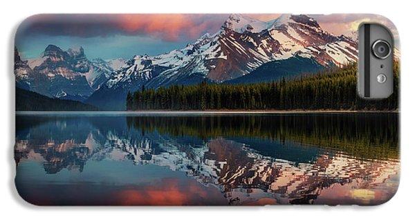 Lake iPhone 7 Plus Case - Maligne Color. by Juan Pablo De