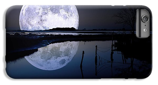 Moon iPhone 7 Plus Case - Moon At Night by Gianfranco Weiss