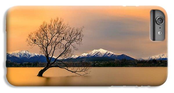 Lake iPhone 7 Plus Case - Morning Glow Of The Lake Wanaka by Hua Zhu