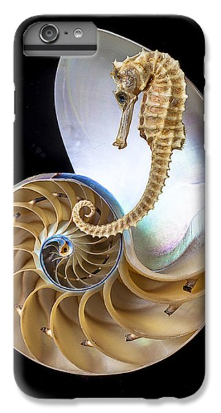 Nautilus With Seahorse IPhone 7 Plus Case by Garry Gay