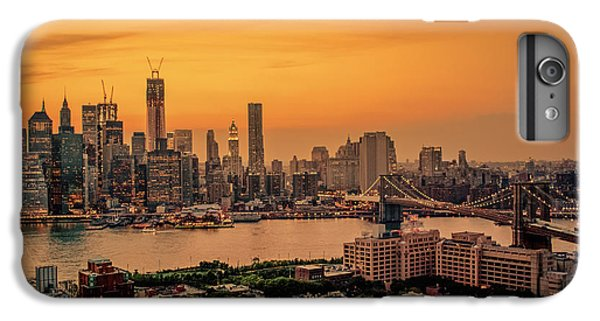 City Sunset iPhone 7 Plus Case - New York Sunset - Skylines Of Manhattan And Brooklyn by Vivienne Gucwa